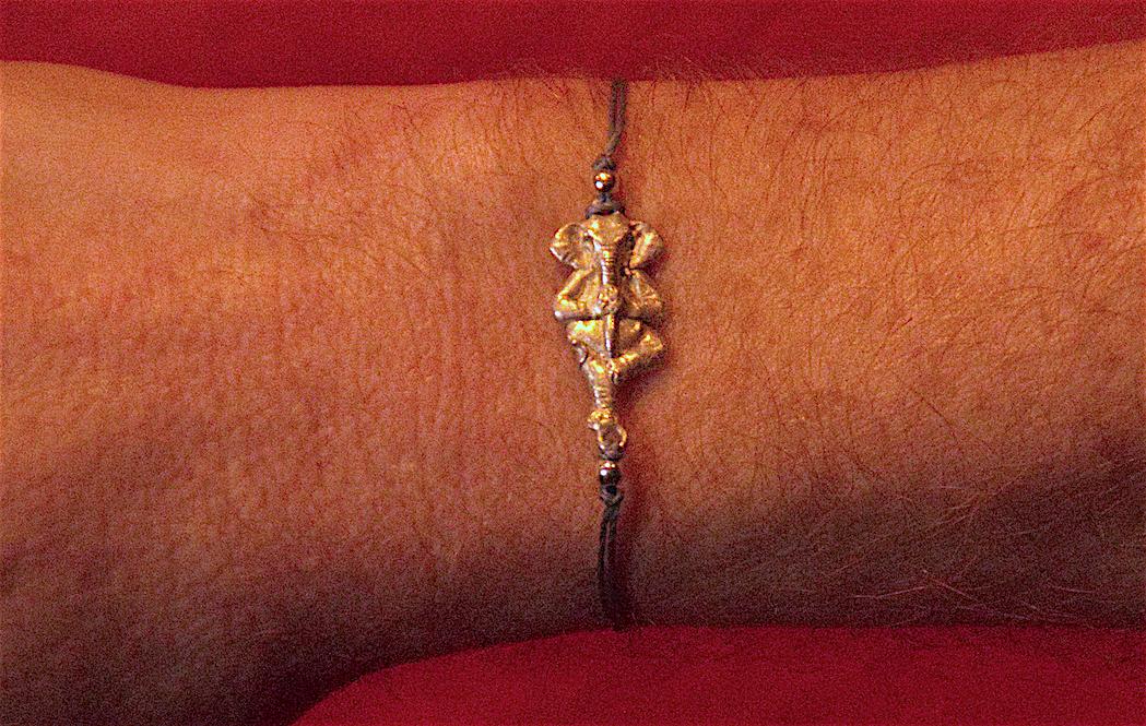 108-bracelet-bene-argent-poignet
